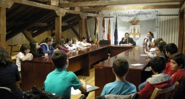 Alumnos del colegio Las Eras participan en el programa Conoce tu Ayuntamiento