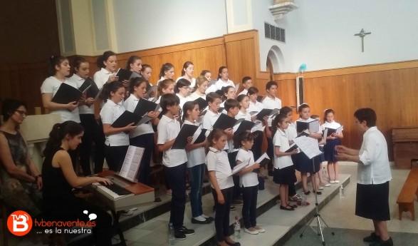 Concierto de verano a cargo del coro del colegio La Milagrosa de Salamanca