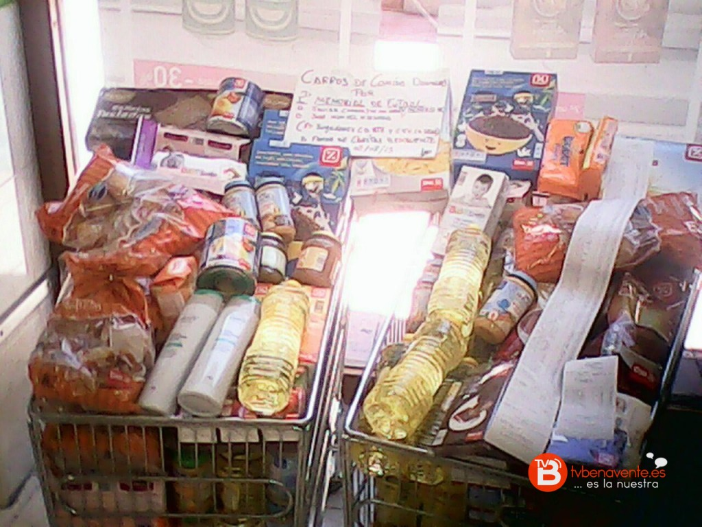 Alimentos entregados a Cáritas Benavente