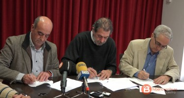 PP, UPL y Ciudadanos firman el pacto antiyihadista en Benavente