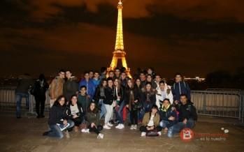Alumnos del Virgen de la Vega despiden el curso en París