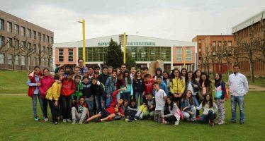 Alumnos del Virgen de la Vega visitan el Servicio de Colecciones Zoológicas de León