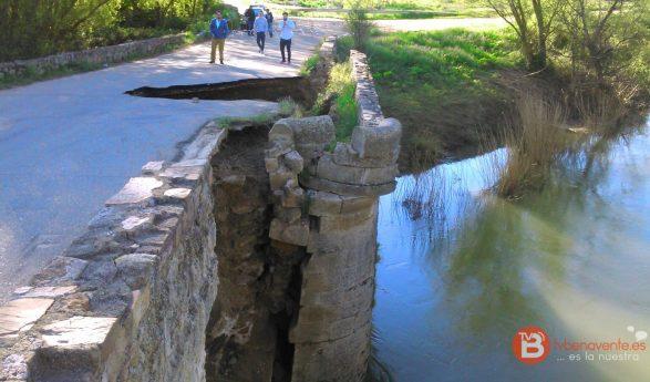 Se derrumba uno de los pilares del Puente Romano de Castrogonzalo