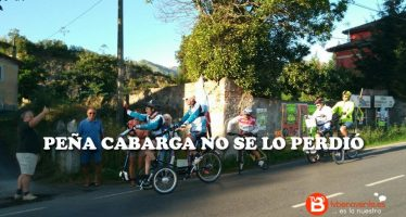 El sillín de su triciclo obliga a poner pie en tierra a Iván Bragado en la novena etapa