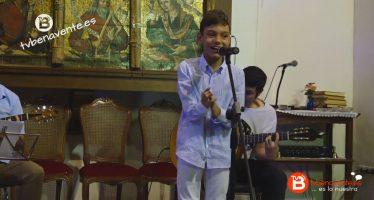 VIDEO: Adrián Martín Vega y Tina Gutiérrez cantan en Valdescorriel