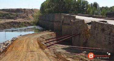 VIDEO: Reconstrucción en el puente de Castrogonzalo