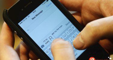 Los mensajes de texto terminados con punto parecen menos sinceros
