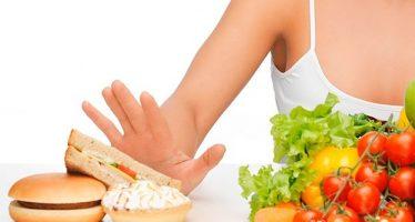 ¿De verdad comer menos prolonga la vida?