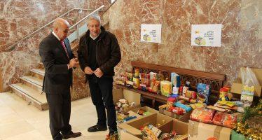 La Delegación del Gobierno entrega 5,1 toneladas de alimentos a ONG's
