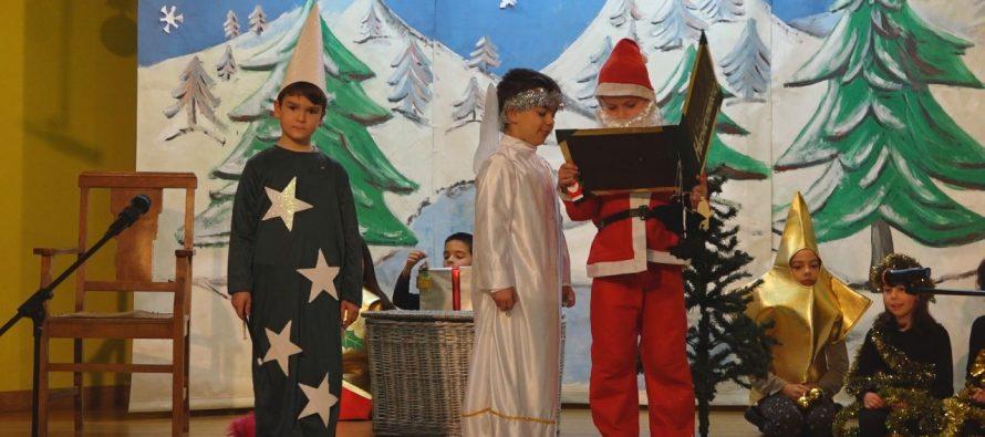 GALERÍA: El Colegio Virgen de la Vega en su tercer día de actuaciones
