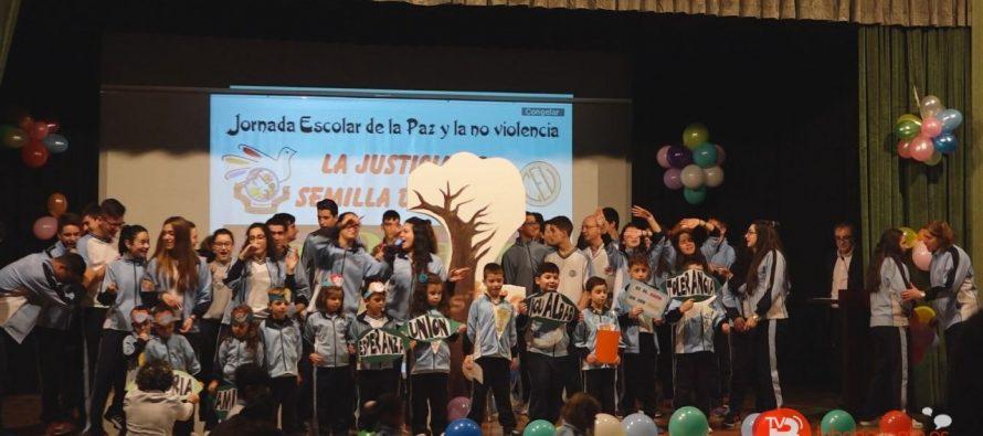 GALERÍA: El Colegio San Vicente de Paúl celebra el Día de la Paz