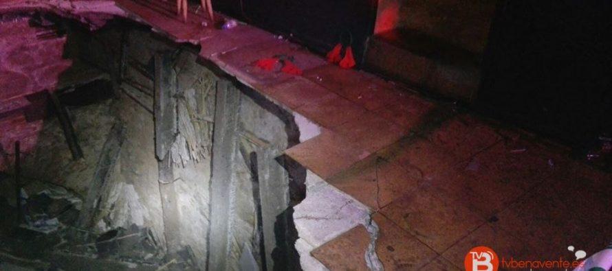 GALERÍA: Doce heridos al hundirse el suelo de un bar de Villafáfila