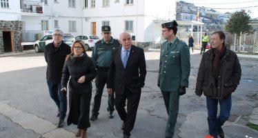 La Diputación visita el cuartel de la Guardia Civil en Puebla de Sanabria