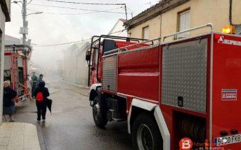 Incendio en la antigua iglesia evangelista en la localidad de Tábara