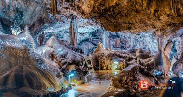 La Cueva de Valporquero abre de nuevo al público este sábado