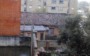 GALERÍA: La nieve llega tímida a Benavente acompañada de granizo