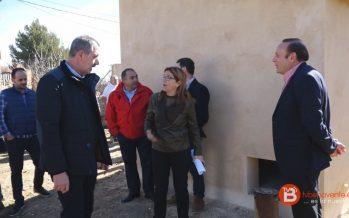 Visita a las obras de mejora de la red de abastecimiento en Pobladura del Valle
