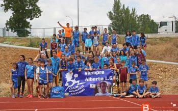 El Benavente atletismo celebró la I Convivencia en la Ciudad Deportiva