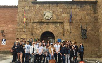 Un grupo de 19 finlandeses de intercambio visitan el IES Los Sauces