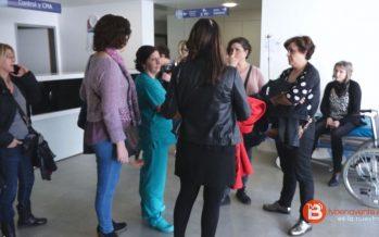 El personal sanitario amenaza al consejero con una huelga en 4 o 5 meses