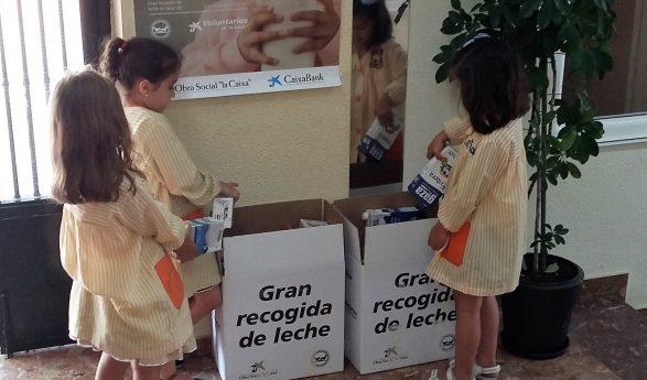 """""""La Vega"""" se suma a la iniciativa """"ningún niño sin bigote"""" recaudando leche"""
