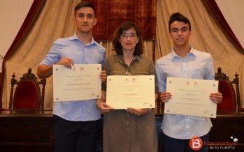 Tres premios extraordinarios de la EBAU para el IES Los Sauces
