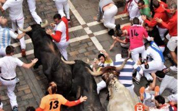 """El benaventano """"Pakito"""" sufre una caída en el encierro de Pamplona"""