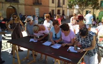 Casi 600 firmas en Fuentes de Ropel por las mejoras sanitarias