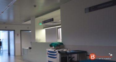 Recogida de firmas para un pediatra 24 horas en el Hospital de Benavente