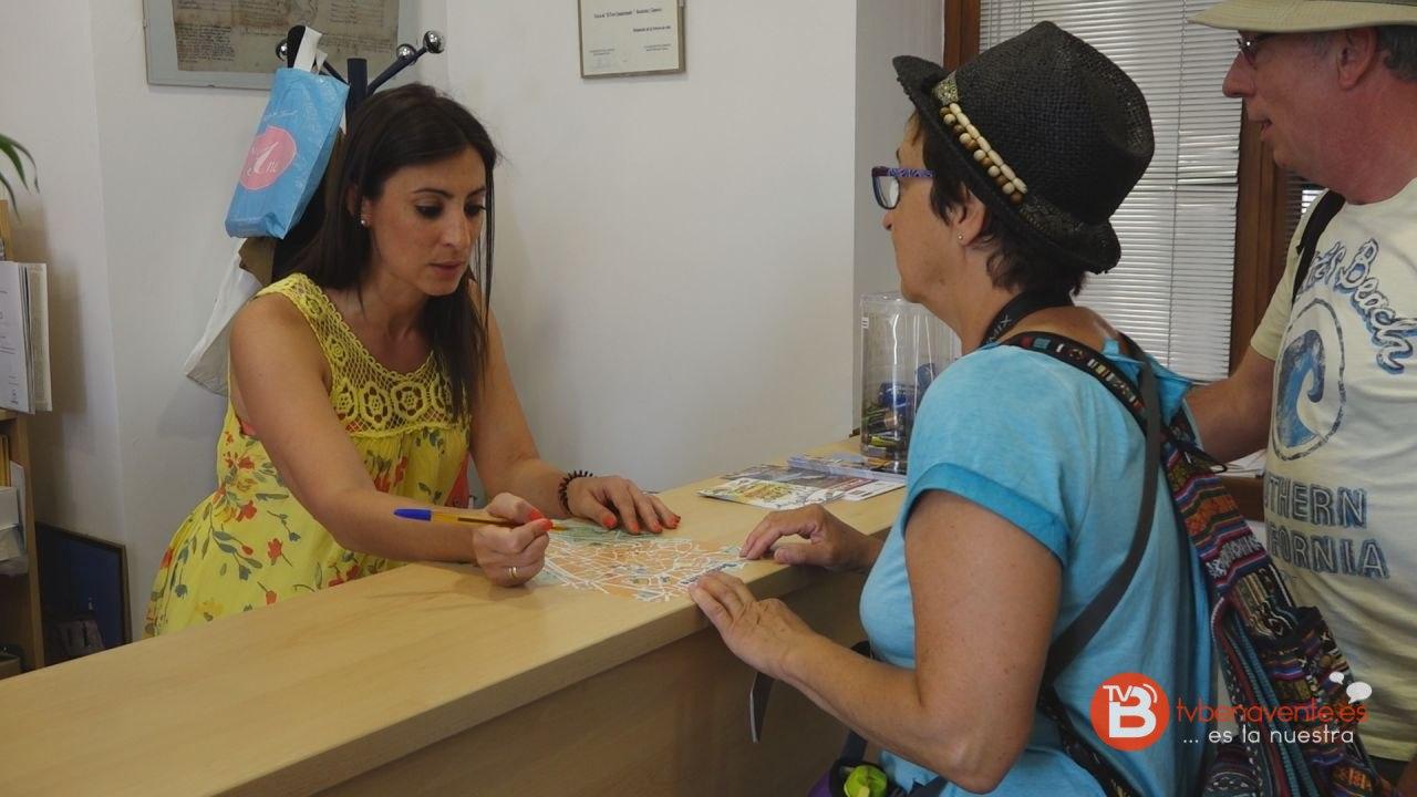 La oficina de turismo cierra el semestre con un total de 3 for Oficina de turismo de zamora