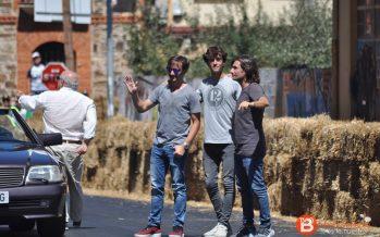 Los hijos de Ángel Nieto recibieron el homenaje de su padre en La Bañeza