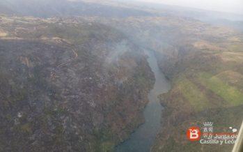 El incendio de Fermoselle desciende al nivel 1 aunque sigue activo