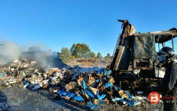 El incendio de un camión en Mombuey ha mantenido cortada la autovía