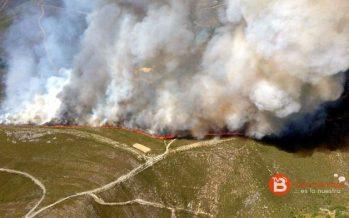 Un nuevo fuego afecta a la Alta Sanabria en el municipio de Hermisende