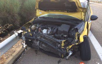 Ocho heridos en una colisión de tres coches en la A-52