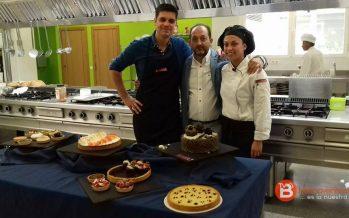 """La chef benaventana, Alba Otero, en el programa """"Cocinando con Sergio"""""""