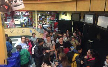 El cine enseña valores a los alumnos con el estreno de una película